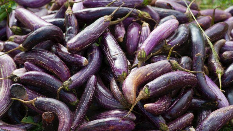 Miért lila a péniszem makkjának a töve, mikor minden nap meg mosom rendesen?
