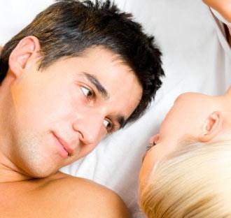 mi lehet a reggeli erekció hiányának oka egy csomó a péniszen egy erekcióval