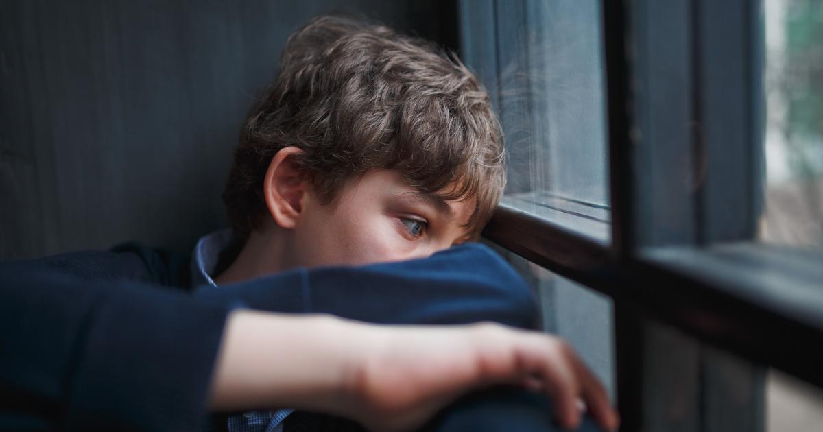 merevedés egy 4 éves fiúnál erekció a sztriptíznél