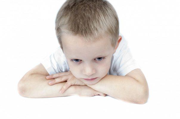 merevedés kétéves gyermeknél felkészülés a gyors erekcióra