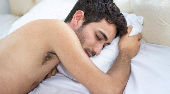 merevedés és körülmetélés erekciós akupunktúra